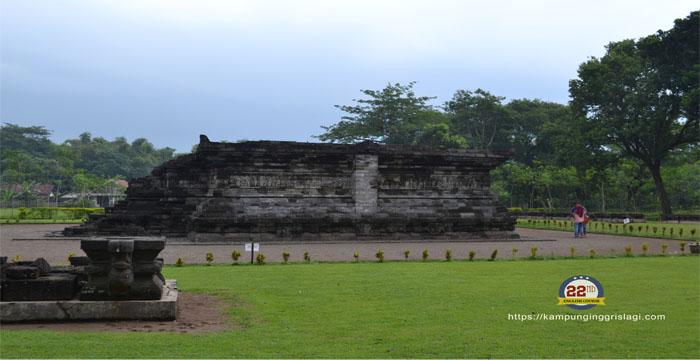 Candi Berikutnya adalah candi Tegowangi, berada di Desa Tegowangi, Kecamatan Plemahan, Kediri, Jawa Timur.