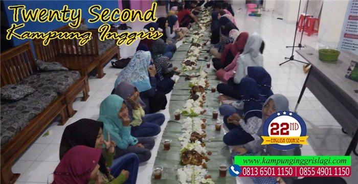 merayakan idul adha bersama twenty second english course kampung inggris