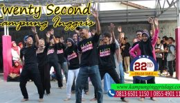 merayakan hari kemerdekaan bersama twenty second kampung inggris